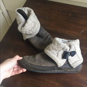 Simple Shoes Boots